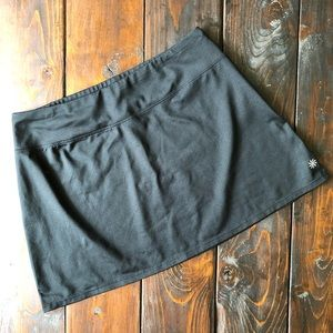 Athleta Pull-on Skirt in Black